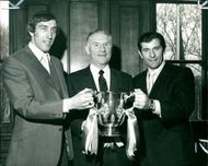 Martin Chivers with alan mullery.