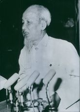 Photograph of Ho Chi Minh, while he giving speech.
