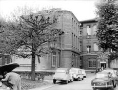 Hospital where heart operations are performed.  - 1968