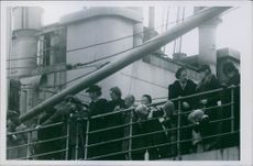Germans leave the Helsinki the first to be evacuated the civilian Germans families. 1944