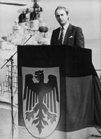 Peter Kurt Wurzbach delivering speech.