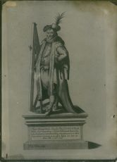 1956  A statue of  a Danish nobleman known for his accurate and comprehensive astronomical and planetary observations Tycho Brahe.