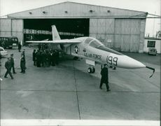 Aircraft: Military - The swing wing F.111