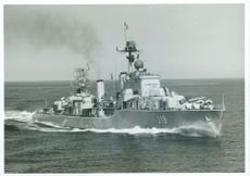 The destroyer HMS Småland (J19) on the spin in the Gothenburg archipelago