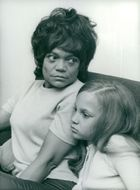 Eartha Kitt with her little daughter Kitt