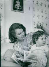 Princess Margaretha, Mrs. Ambler with her daughter.