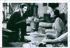 """A scene from the film """"Three of Hearts"""", with Sherilyn Fenn and William Baldwin, 1993."""