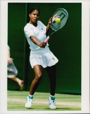 Tennis player Lori McNeil in action