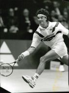 Tennis player David Engel in action