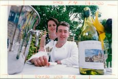 Chef:two files.tombridgeman and his wife.