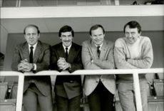 Football coach Nisse Andersson together with Benny Lennartsson, Olle Nordin and Kent Karlsson.