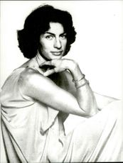 Virginia Wade, tennis player