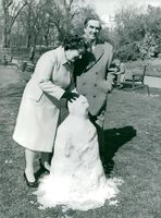 Denis Healey and his wife Edna at a snowman in Saint James's park
