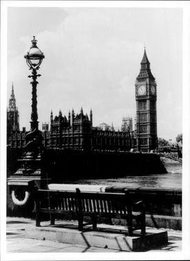 Photography in black and white at the English Parliament Westminster and Big Ben.