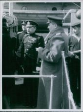 German mi;itary officers visiting a Danish office.