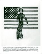"Portrait image of Dustin Hoffman as Dorothy Michaels in the movie ""Tootsie""."