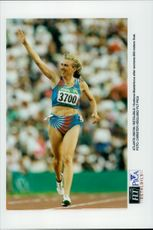 Svetlana Masterkova has sprung the 500 meter finals during the Olympics.