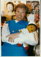 Lionel Blair played Buttons in the pantomime.
