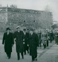 The King of Sweden King Kung Gustaf VI Adolf and Queen Louise visit Finland in 1952. The King and Finnish President Paasikivi arrive in Switzerland.