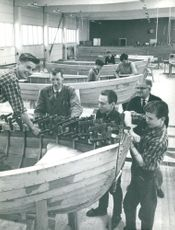 Håkan Börjesson, professor Lars Eric Tell, Birger Magnusson, Sten Nilsson and, in the background, the workshop manager at Storebro lorry, Tage Truedsson