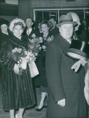 A photo of the guests from Norway at royal wedding, Tuesday early after noon, the King Olav from Norway and his daughter Princess Astrid , have arrived by train on Brussels . They were accommodated by King Leopold.
