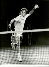 Portrait picture of tennis player Hans Simonsson taken in an unknown match context.