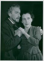 "Håkan Jahnberg and Berta Hall in ""Frøn fra havet"" at the Studio"