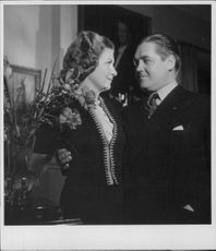 "Johan Jonatan ""Jussi"" Björling and his wife standing close."