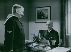 1936 A scene from the film The family secret.