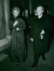 Willy Brandt walking with his wife,Rut Brandt.