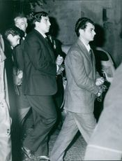 A wealthy but turbulent young man Filippo Melodia and his friend were being handcuffed while being accused of kidnapping and raping a certain Franca Viola. 1965