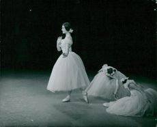 Carla Fracci performs at London's Festival Ballet