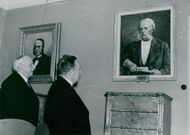 Professor Otto Torell's portrait is held in the Royal Museum's executive room