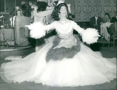 A lady performing in an event.