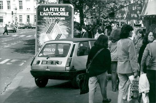 France, Traffic & Communications. P-place on the sidewalk of Paris