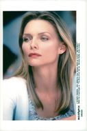 "Michelle Pfeiffer during the recording of the film ""The Story About Us"""