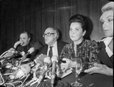 Mstislav Rostropovich together with his wife opera singer Galina Rostropovich (Galina Vishnevskaya) at a press conference in Paris