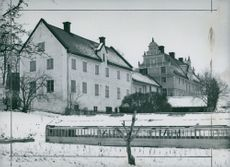 Two bishoprics in Strängnäs. Paulinska farm, the bishop's tent tent and the bishop's farm