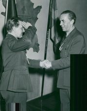 Count Folke Bernadotte handed over the knight sign of the Vasa Order