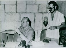 Yosef Tekoah and Boris Litviniv in a discussion, 1980.