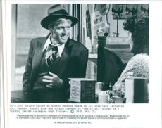 """A scene from the film """"The Sting"""", with Robert Redford as Johnny """"Kelly"""" Hooker, 1973."""