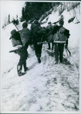 Norwegian soldiers in retreat from the Snasa