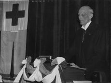 Prince Carl speaks at the Red Cross annual meeting. - 3 June 1939