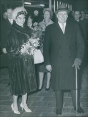 Olav V of Norway and his daughter Princess Astrid arrived by train in Brussels.