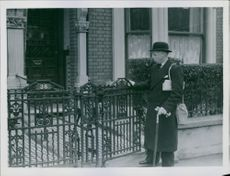 1942 Mr. Tame In Wartime Mr.Tame leaves his typical London home in Balham.