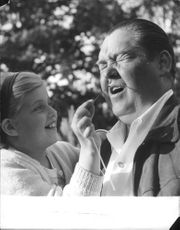 "Johan Jonatan ""Jussi"" Björling with his daughter, playing."