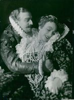 "Lars Hanson and Tora Teje in ""Maria Stuart"" at Dramaten"