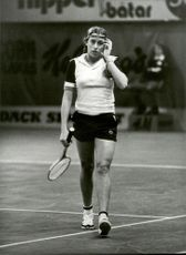 Lena Sandin leaves the track a little worried after the outclass against Betty Stove in the semi-finals of the Stockholm Open