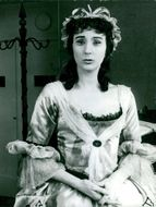 Fillie Lyckow as Polly P. in