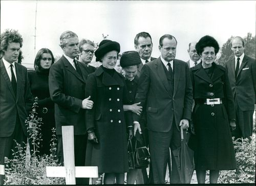 Family and friends of Paul-Henri Spaak, weeping at his burial.  - Aug 1972